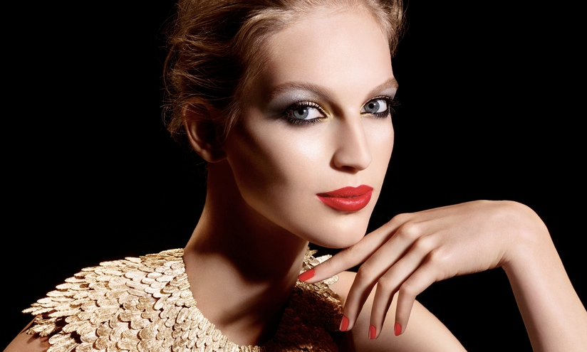 covermodel für Plumes Preciéuses von Chanel