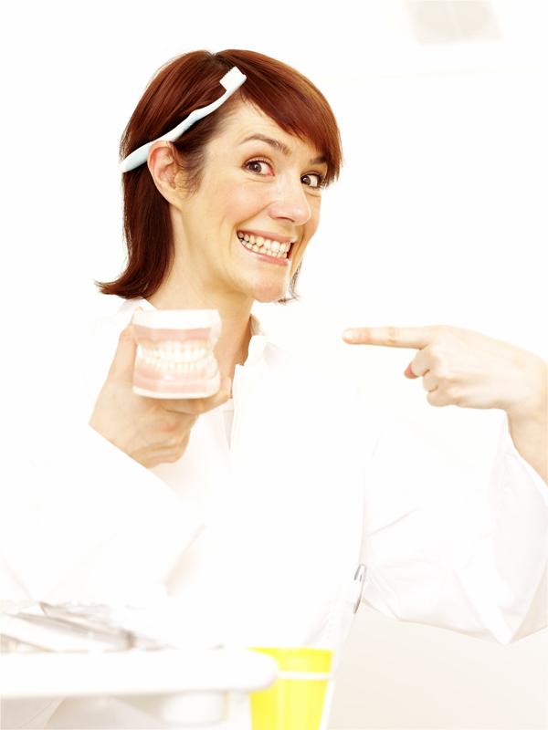 Zahnbleaching, Zahnarzt, Zahnpflege, Zähne, Zahnweiß, Zähne aufhellen, Bleaching, Zähne bleachen, Zahnarztpraxis im Rossbachpalais