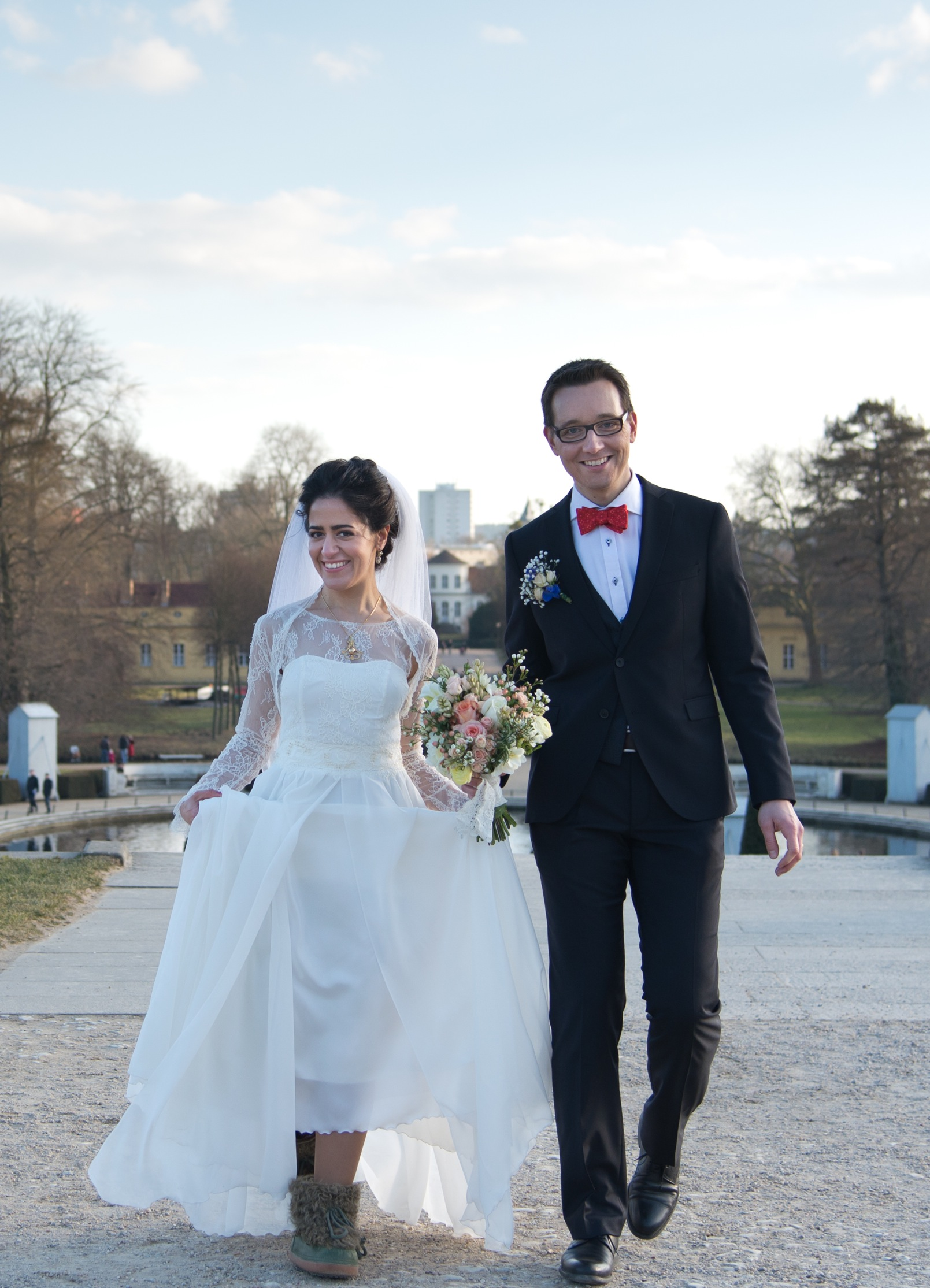 Nargess und ihr frisch angetrauter Ehemann - eine deutsch-iranische Hochzeit