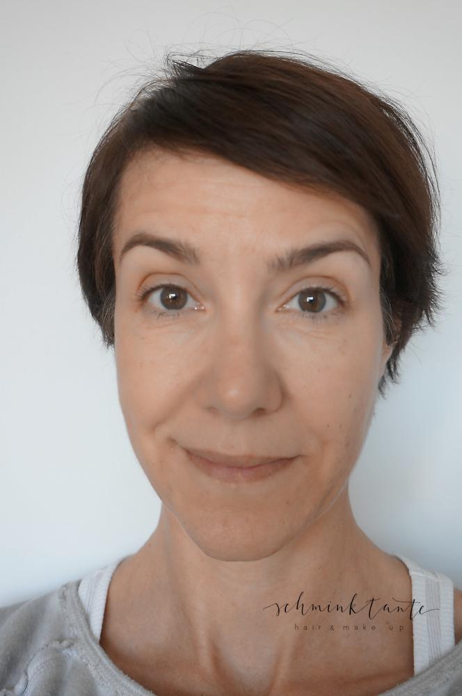 Dermalogica Sheer Tint SPF 20 - Augenbrauen geben dem Gesicht schonmal einen schönen Rahmen. Ich benutze dafür Brauenpuder.