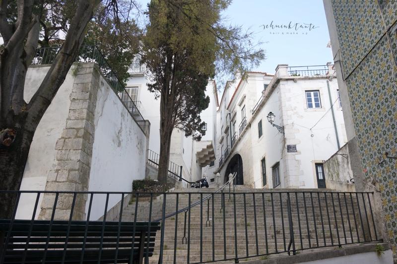 Alfama, Stufen, Kirche, Gebäude, Fassade, Lissabon, Städtetrip