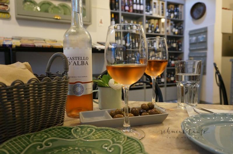 Essen3, Wein, Oliven, Tapas, Lissabon, Alfama. Lokal, Restaurant