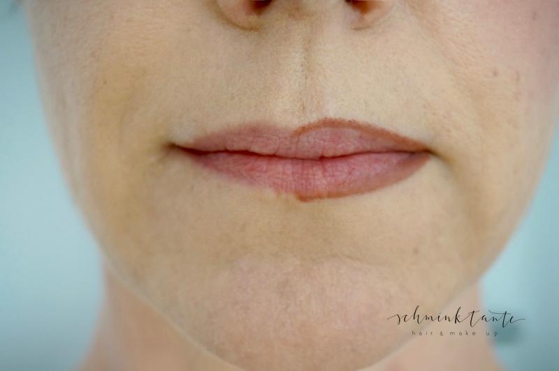 Lippenkontur für vollere Lippen.
