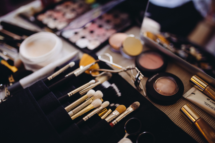 Beautydesk, Schminke und Equipment eines Profi Make up Artist.
